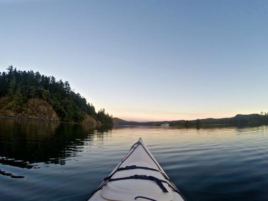 kayaking-the-sooke-basin