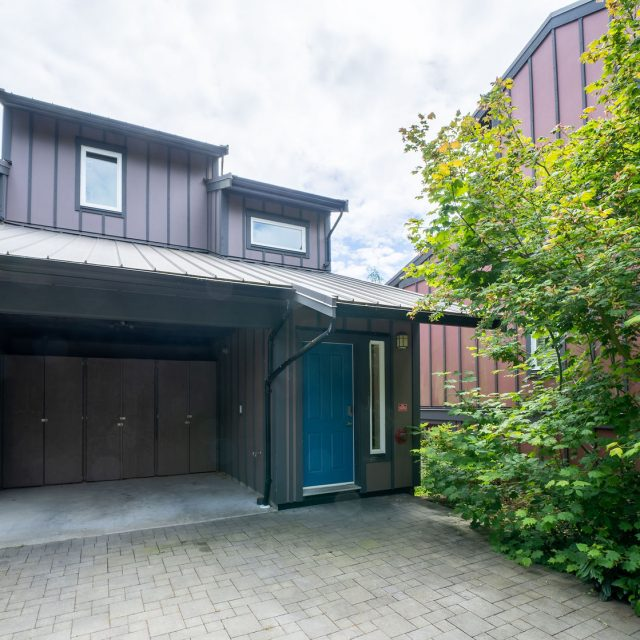 Sooke Harbour Townhome - 144