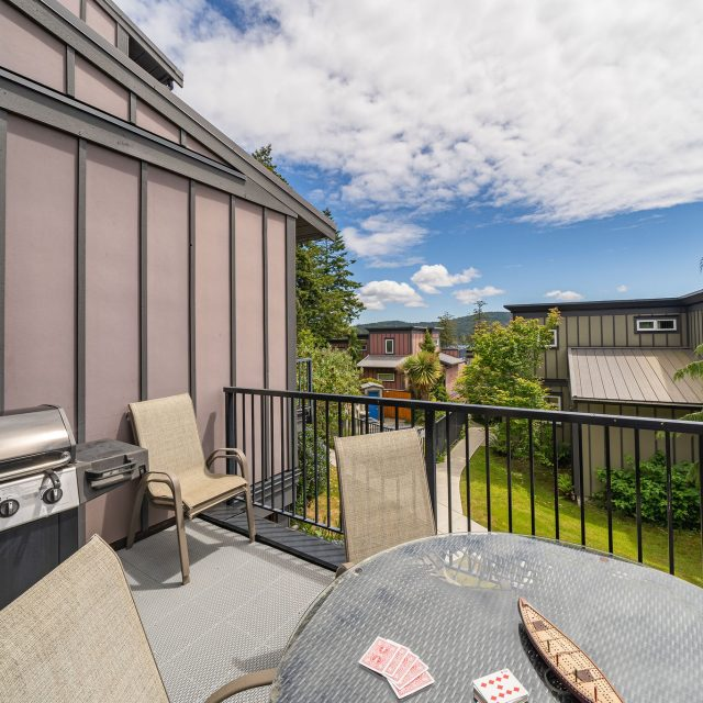 - Sooke Harbour Townhome - 144