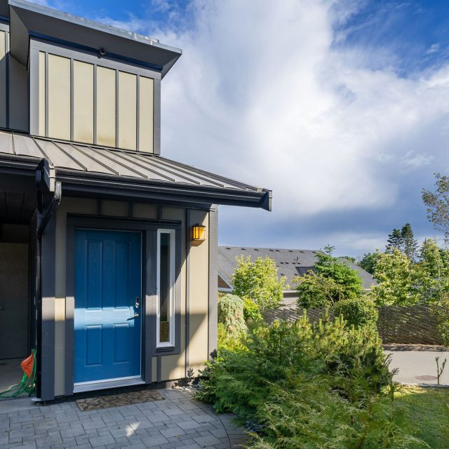 Sooke Harbour Townhome - 125