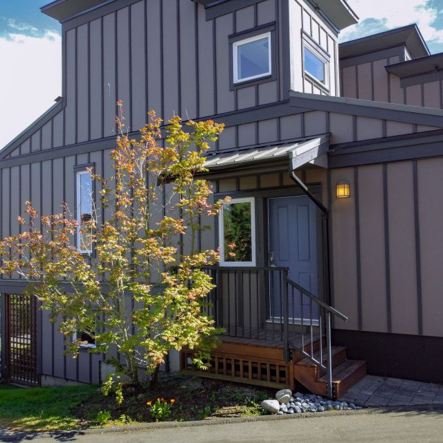Sooke Harbour Townhome - 126