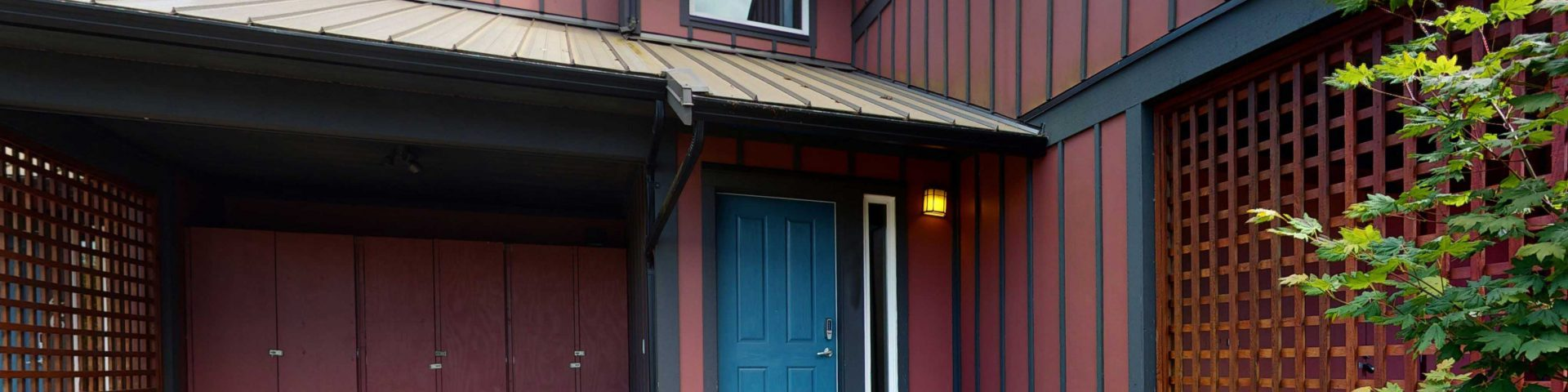 Fully-equipped 2 Bedroom Townhome in Sooke, BC